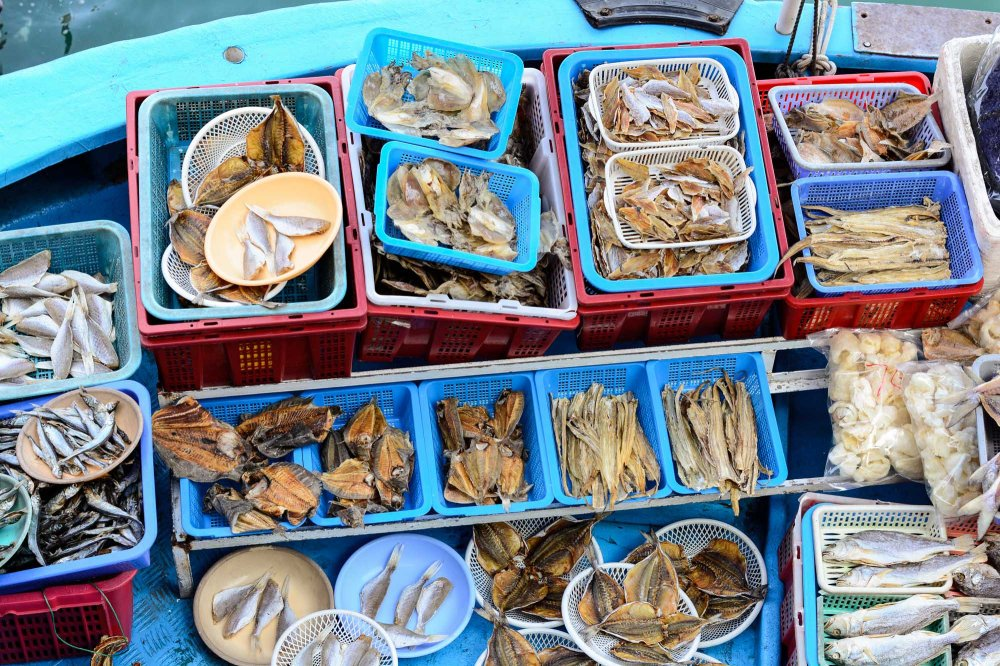 Fish doesn't get any fresher than at this floating market in Sai Kung
