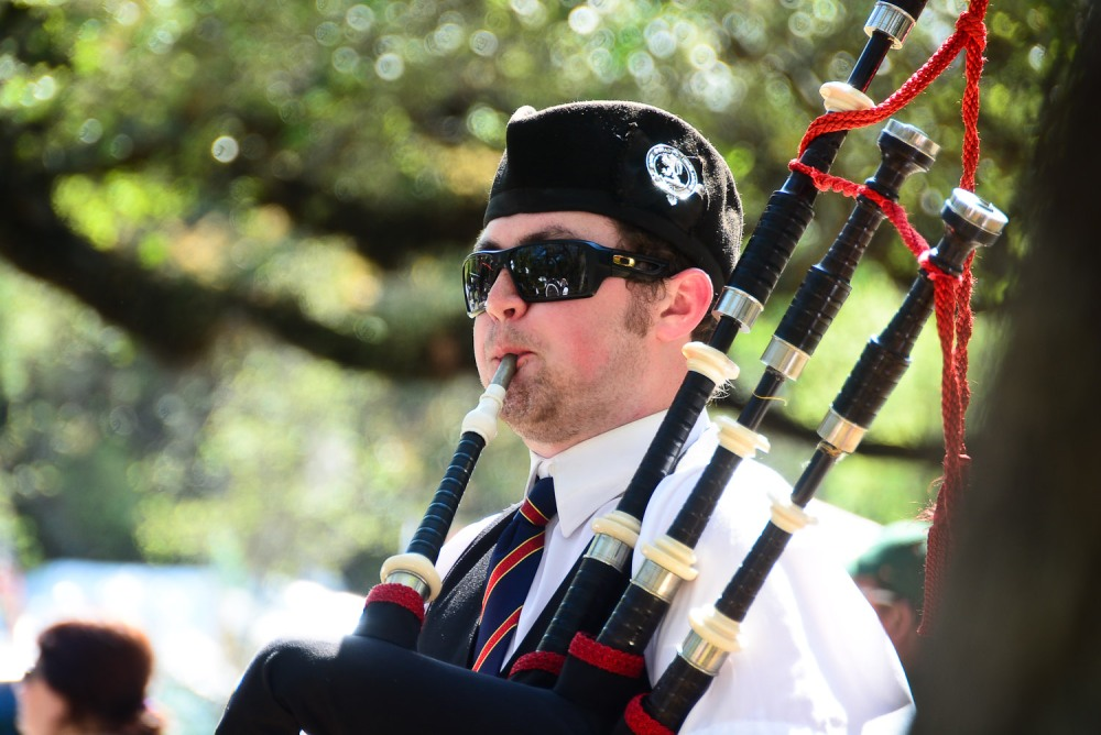 I love pipe and drum bands. They remind me of going to see my Uncle Jim play the bagpipes.